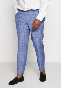 Isaac Dewhirst - BLUE CHECK SUIT PLUS - Suit - blue - 2