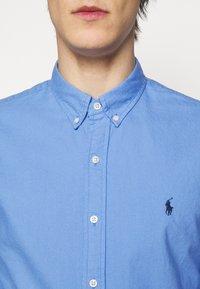 Polo Ralph Lauren - LONG SLEEVE SPORT SHIRT - Shirt - harbor island blu - 5
