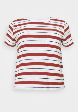 RELAXED POCKET TEE - Print T-shirt - red ochre