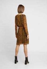 ICHI - Day dress - buckthorn brown - 3
