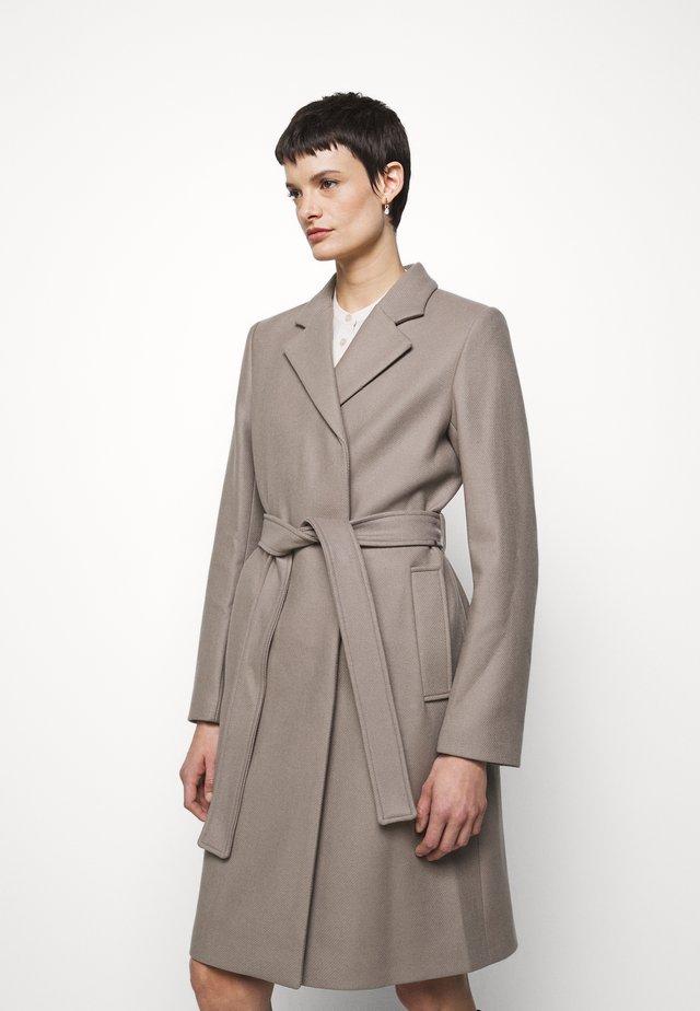 KAYA COAT - Zimní kabát - grey taupe