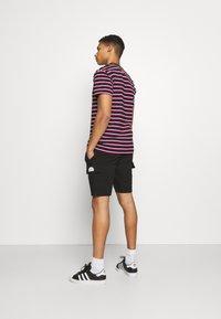 Newport Bay Sailing Club - Shorts - black - 2