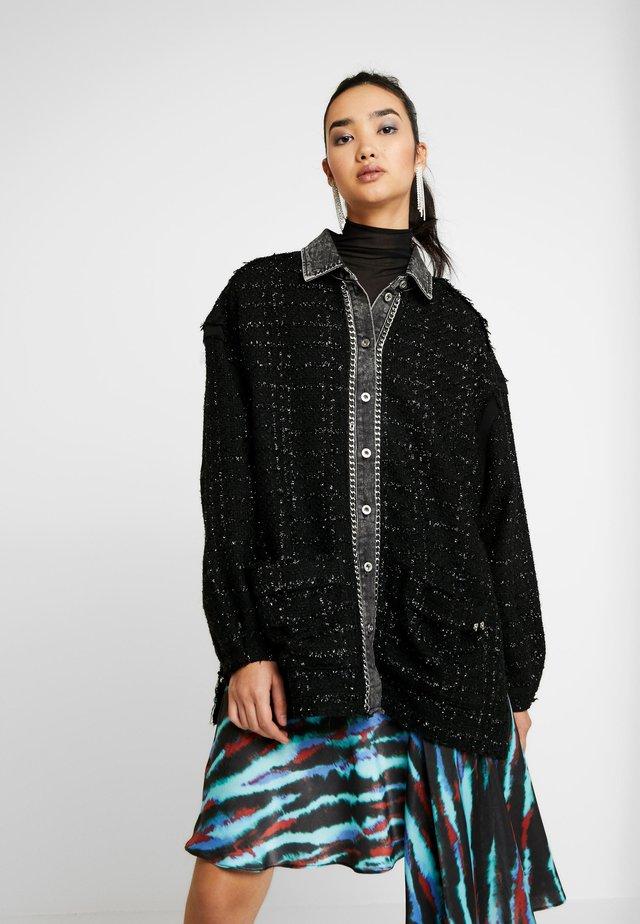 TAMU - Krátký kabát - black