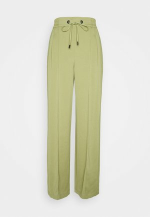 CHERRY JOGGER - Tracksuit bottoms - olive