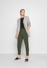 Betty & Co - Trousers - dusty olive - 1