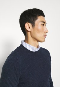 Wool & Co - GIROCOLLO BOTTONATO - Jumper - blue - 4