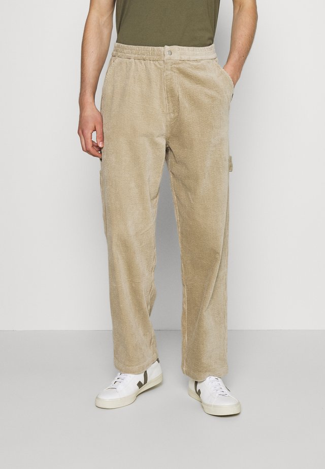 CARPENTER PANT - Trousers - sand