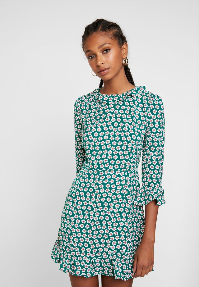 PRINTED RUFFLE DRESS - Day dress - green ditsy