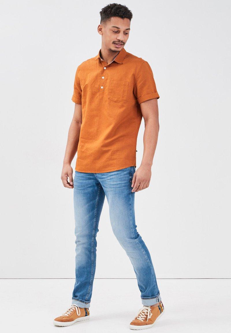 BONOBO Jeans - Camicia - jaune moutarde