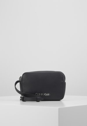 CAMERABAG - Across body bag - black