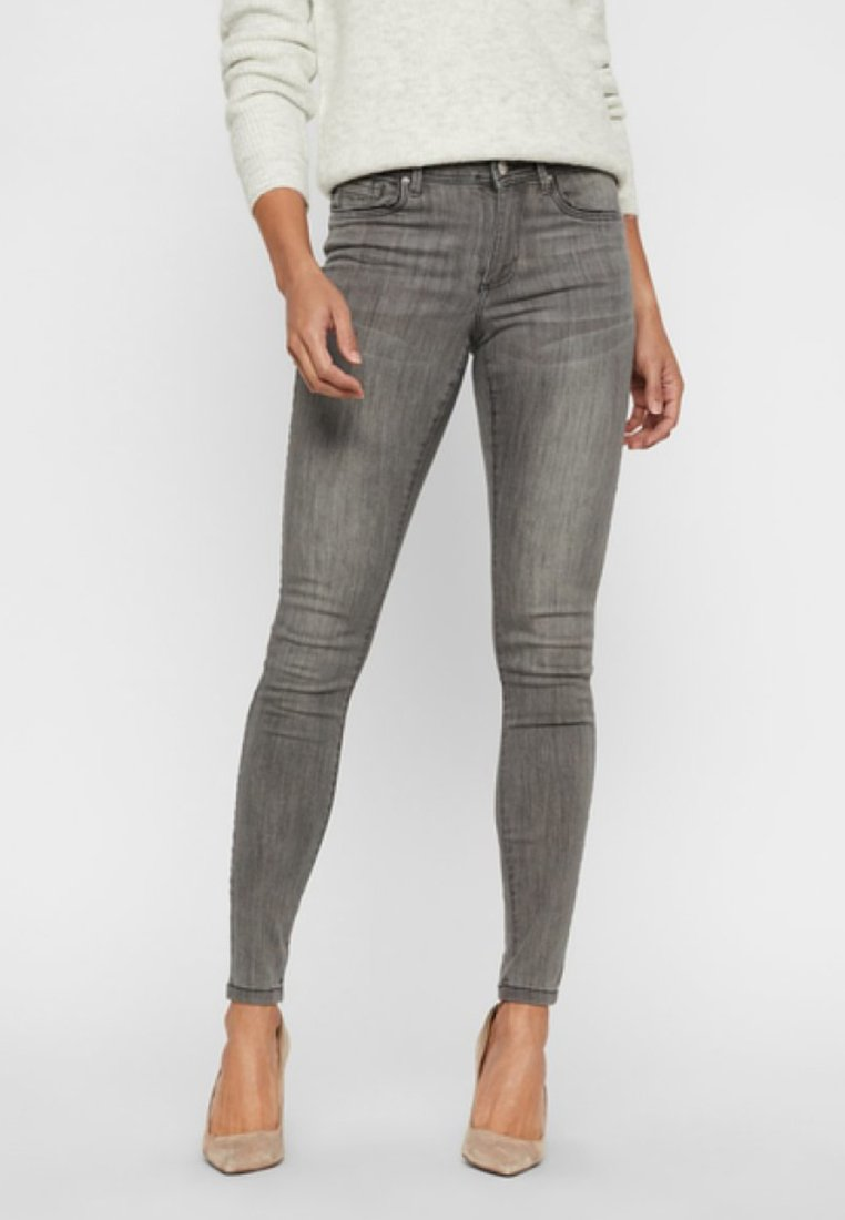Vero Moda - VMTANYA - Jeans Slim Fit - light grey denim