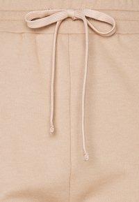 Pinko - ADDAMS PANTALONE - Teplákové kalhoty - beige  asinello - 3