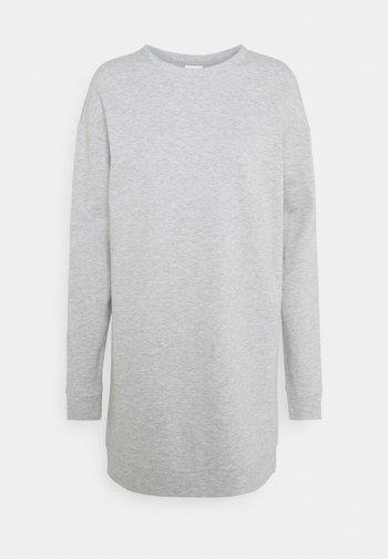 VIRUST O NECK DRESS