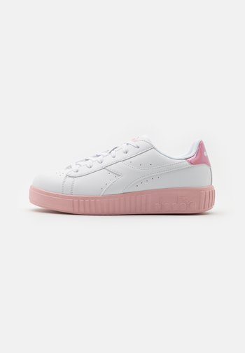 GAME STEP UNISEX - Sports shoes - white/pink peachskin
