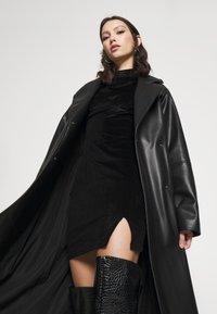 Glamorous - LONG SLEEVE DRESS - Shift dress - black - 3