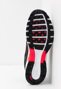 Nike Sportswear - P-6000 - Zapatillas - black/bright crimson/white/metallic silver - 4