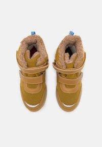 Finkid - LAPPI UNISEX - Zimní obuv - golden yellow/cinnamon - 3