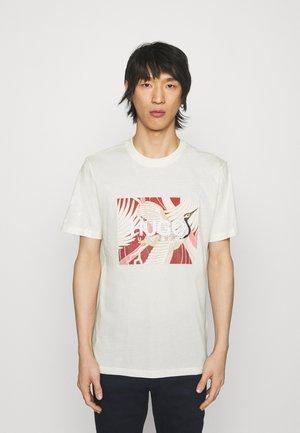 DOLIVE - Print T-shirt - natural