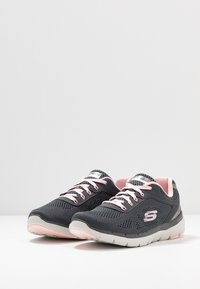 Skechers Sport - FLEX APPEAL 3.0 - Trainers - charcoal/pink - 4