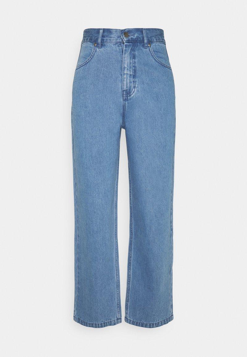 Afends - SHELBY - Džíny Straight Fit - classic blue