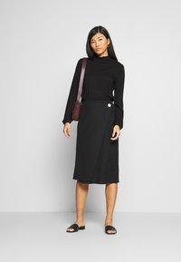 Opus - SUNI MINDFUL - Long sleeved top - black - 1