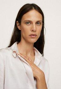 Mango - IDEALE - Button-down blouse - ecru - 3