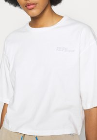 Pepe Jeans - APRIL - Print T-shirt - oyster - 5
