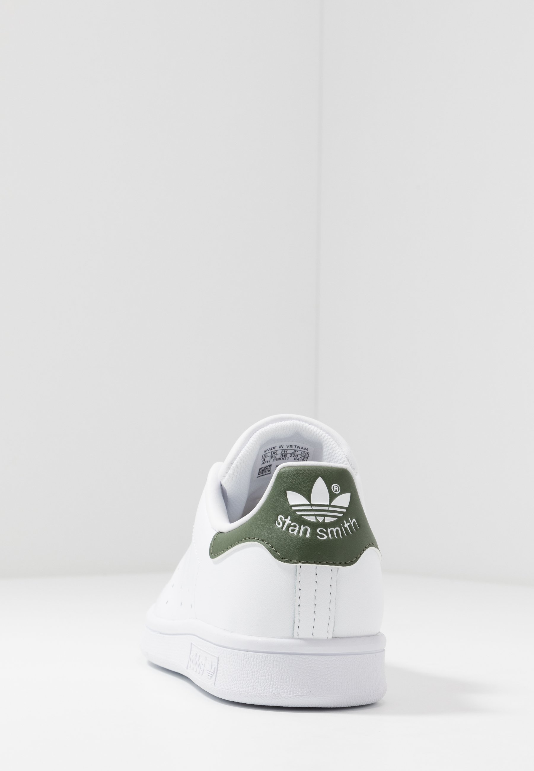 Geringster Preis adidas Originals STAN SMITH - Sneaker low - footwear white/green   Damenbekleidung 2020