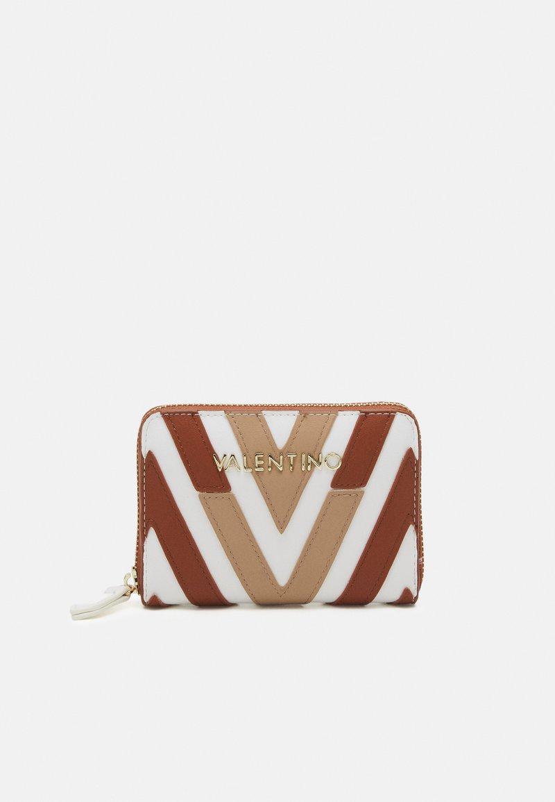 Valentino Bags - ANTEA - Peněženka - cuoio/multicolor