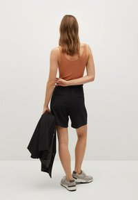 Mango - NUEL - Shorts - zwart - 2