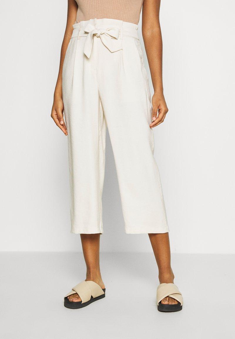 Vero Moda - VMEMILY CULOTTE PANT - Trousers - birch