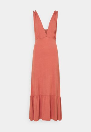 PCNEORA STRAP DRESS - Maxi-jurk - canyon rose