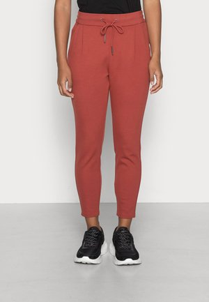 VMEVA LOOSE STRING PANT - Spodnie treningowe - chili oil