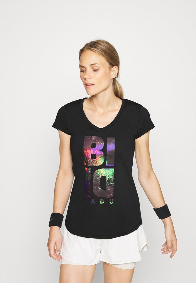 ISELA LIFESTYLE TEE - T-shirt con stampa - black/neon