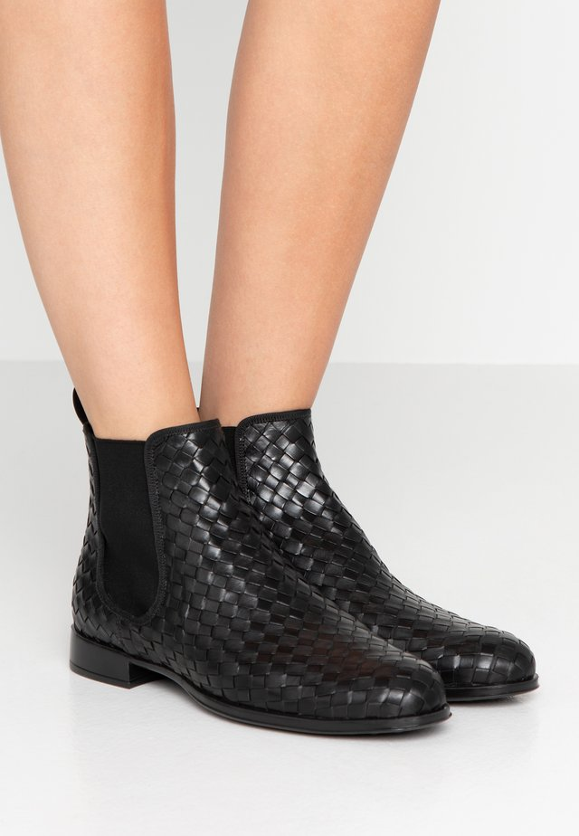 BECERRITO - Ankle Boot - black