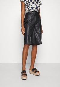 Soaked in Luxury - KAYLEE - Shorts - black - 0