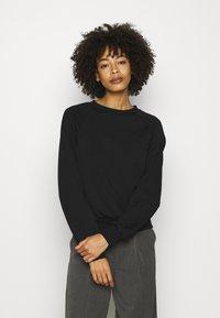Anna Field - BASIC CLEAN  CREW NECK SWEATSHIRT  - Sweatshirt - black - 0
