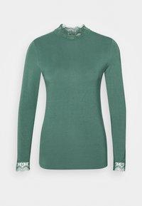 ESSENTIAL - Long sleeved top - mallard green
