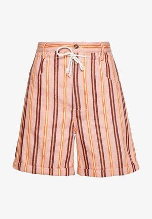 LEXI SHORTS - Shorts - camellia