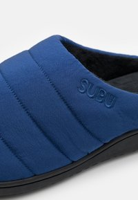 SUBU - SUBU SLIP ON - Klapki - undulate blue - 5