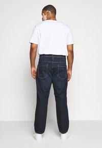 TOM TAILOR MEN PLUS - Straight leg jeans - dark stone wash denim - 2