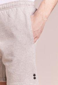 Ron Dorff - EYELET EDITION  - Pantalones deportivos - grey melange - 3