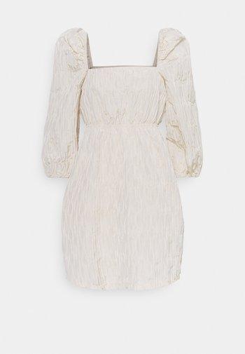 SASHA DRESS - Korte jurk - quicksand