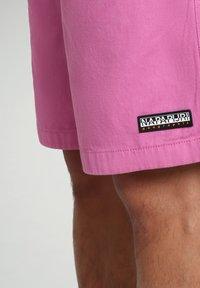 Napapijri - Shorts - pink super - 6