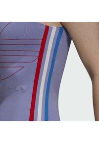 adidas Originals - ADICOLOR TRICOLOR TANK DRESS - Vestido de tubo - purple - 5