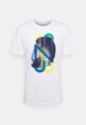 NEYMAR JR HERO TEE - T-shirt med print - white