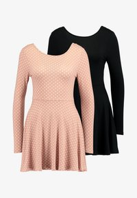Missguided Petite - LONG SLEVE SCOOP BACK SKATER DRESS 2 PACK - Jersey dress - black/nude/white - 4