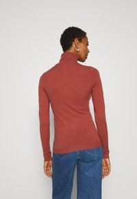 Vero Moda Tall - VMHAPPY BASIC ROLLNECK - Jumper - mahogany - 2