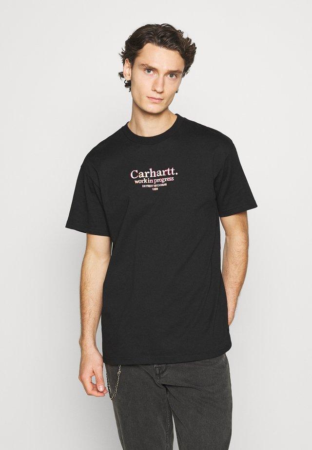 COMMISSION - Camiseta estampada - black