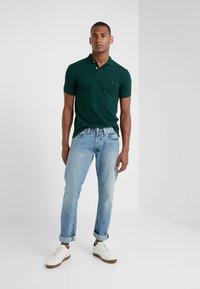 Polo Ralph Lauren - SLIM FIT MODEL  - Polo - college green - 1